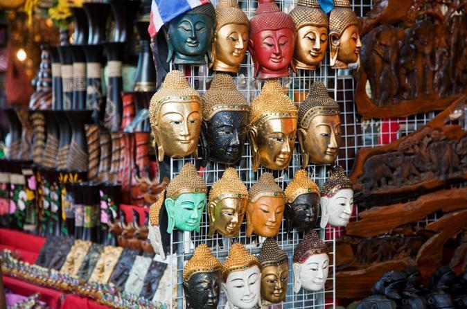 معرفی بازار شبانه سافان فوت بانکوک تایلند