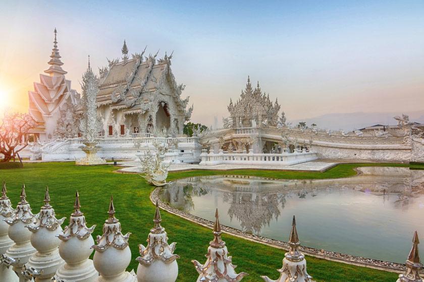 معبد وات رانگ کان؛ معبد سفید در تایلند