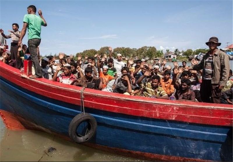 نیروی دریایی تایلند اتهامات در مورد قاچاق مسلمانان روهینگیا را رد کرد