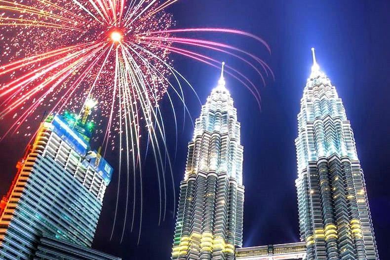 جشنواره نوروز با حضور دیپلمات های مقیم مالزی برگزار گردید
