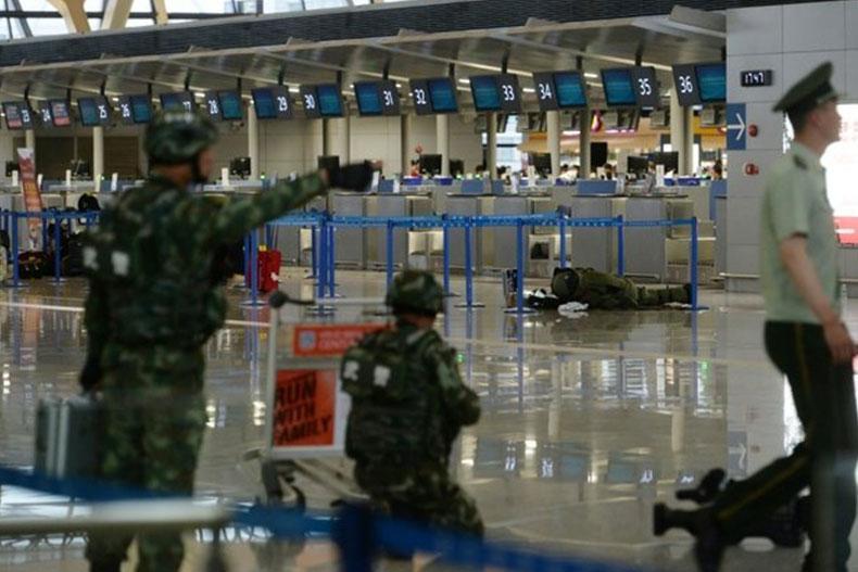 پرتاب بمب دست ساز در فرودگاه شانگهای چین؛ 4 زخمی
