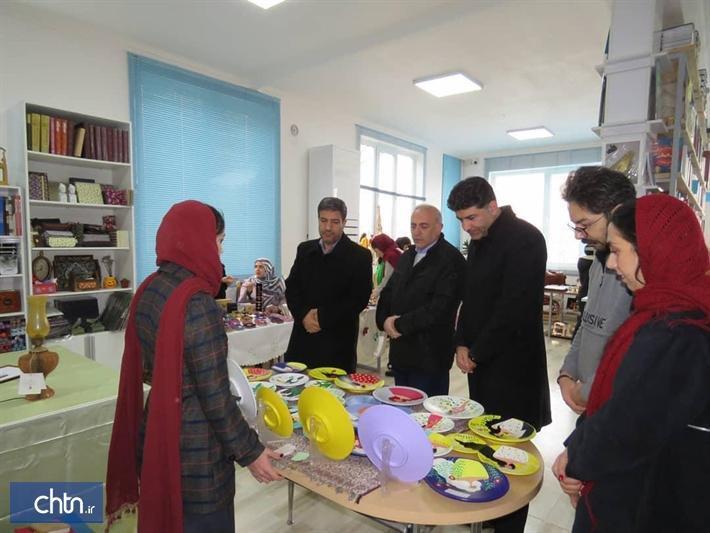 بازارچه فروش آثار صنایع دستی هنرمندان مراغه برگزار گردید