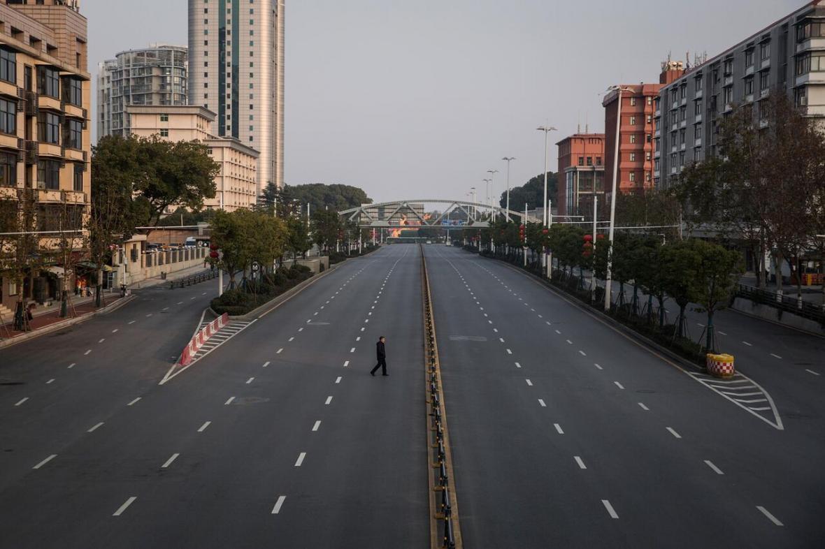 خبرنگاران تجربه چین در چالش ها و فرصت های قرنطینه شهرهای عظیم