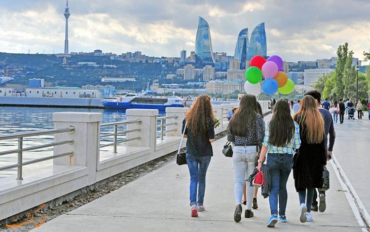 در لیست سفرهایتان، بازدید از باکو را از قلم نیندازید!