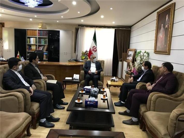 خبرنگاران استاندار: هلال احمر کردستان نیازمند توجه ویژه است