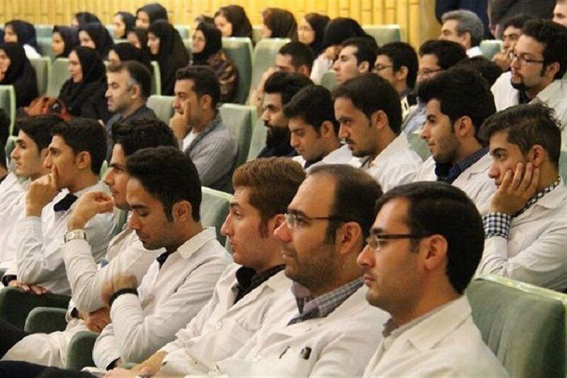 خبرنگاران آزمایش کرونا از دانشجویان خوابگاه های علوم پزشکی گرفته شد