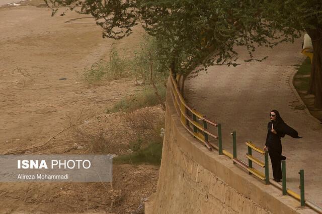 خوزستان از فردا، باد و خاک