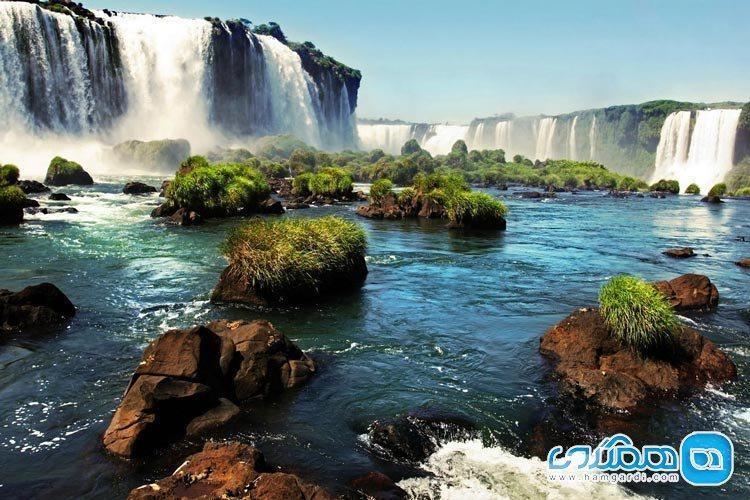 آبشار ایگواسو؛ دیدنی حیرت آور در مرز آرژانتین و برزیل