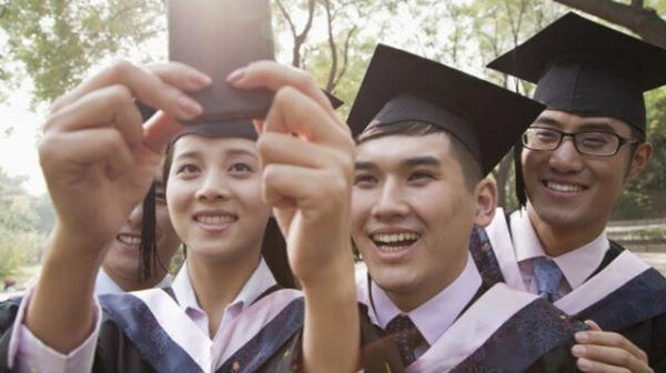 تحصیل رایگان در دانشگاه آمریکایی برای دانشجویانی با خانواده کم درآمد