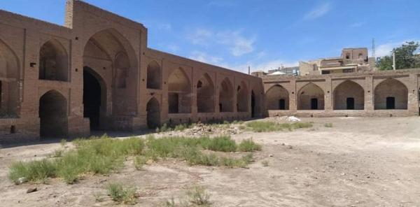 بازسازی کاروانسرای تاریخی عباس آباد میامی