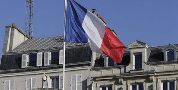 تور فرانسه: ادامه تنش پاریس با لندن و واشنگتن؛ نشست وزیران دفاع فرانسه و انگلیس لغو شد